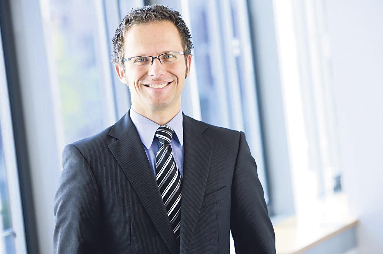 Lars Goebel, Bereichsleiter Personal Hauptverwaltung, Ausbildung & Personalmarketing. Thema: Ausbildung bei der TARGOBANK