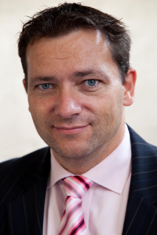 Porträt: Dr. Claus Dethloff